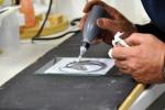 vloeibaar glas opbrengen, verven met koud vloeibaar glas, Glasatelier Vetro Colorato.jpg