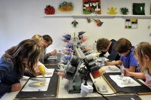Glasatelier Vetro Colorato Uniek kinderfeestje, Workshops, cursussen, neerbeek, limburg, vrijgezellenfeestje, glasbewerkens